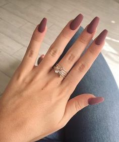 The Best Fall Nail Polish Colors - Fall/Winter Nails Inspo Skin Care Coffin Nails Matte, Cute Acrylic Nails, Glitter Nails, Gel Nails, Marble Nails, Nail Polish, Stiletto Nails, Fall Nail Art Designs, Acrylic Nail Designs
