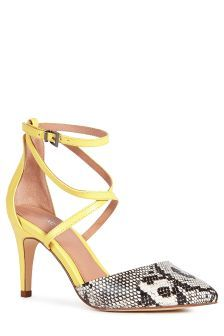 Cross Strap Point Shoes (957017X55)   £30