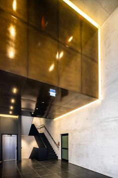 Haus 14 + 26 is the latest completed project of the ever expanding Neuen Balan Campus, Munich. Linear Lighting, Ceiling Lighting, Lighting Design, Office Lighting, Exterior Lighting, Downlights, Munich, Offices, Environment