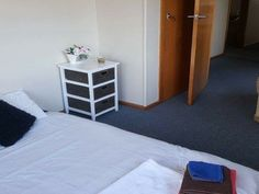 Flatmates Wanted Christchurch. 1 bedroom, 0 bathroom at reynolds ave, Bishopdale, Christchurch, Canterbury. We have a large sunny room to rent queen size mattress and set of draws are in the room can provide towels n blankets also a small heater and fan shared bathroom and kitchen youll be living in a famil