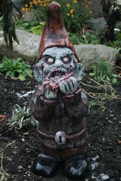 These horrifying garden gnomes might be the only time I've regretted not having a yard.