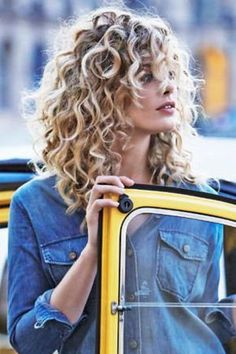 Ideas For Hair Bob Long Curly Natural Curls Haircuts For Curly Hair, Permed Hairstyles, Easy Hairstyles, Curly Hair Styles, Natural Hair Styles, 1930s Hairstyles, Natural Curls, Evening Hairstyles, Hairstyle Ideas