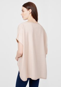Oversized alpaca sweater in soft pink from Cuyana