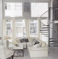 Carly Cristmans apartment. Apartment goals right there!