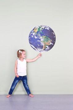 WALL*MANIA muursticker | wall decal #space #earth #wereldbol