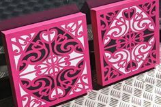 maori design - the simplicity of it, the maori warrior – his strength and power and the beauty of women. Maori Patterns, Maori Designs, Nz Art, Maori Art, Kiwiana, Stencils, Art Gallery, Culture, Contemporary