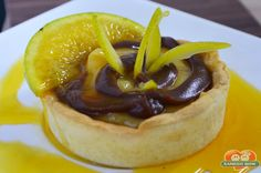 http://xamegobom.com.br/receita/torta-de-laranja-e-chocolate/ Experimente uma deliciosa Torta de Laranja e Chocolate.