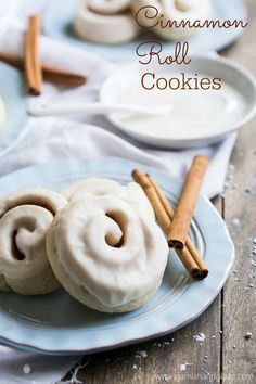 All the cinnamon deliciousness of a cinnamon roll in a delicious cookie.