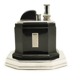 Table lighters collectors' guide: Ronson Touch-Tip 'Octette' Table Lighter, 1935