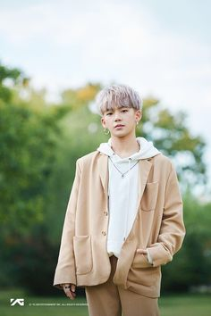 Let's debut, Hyunsuk-ie