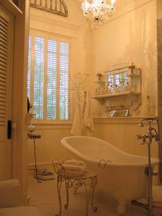 Lovely - Salle de bain shabby chic ...
