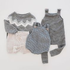 I A S knits Crochet Kids Hats, Knitting For Kids, Baby Knitting, Baby Girl Fashion, Toddler Fashion, Kids Fashion, Baby Born Clothes, Knitted Romper, Cute Outfits For Kids