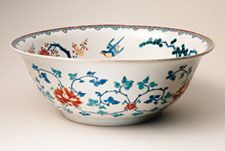 Bowl. Japan, Edo period, about 1670 - 1690. Porcelain painted with overglaze enamels, with traces of gold (Arita ware, Kakiemon style)