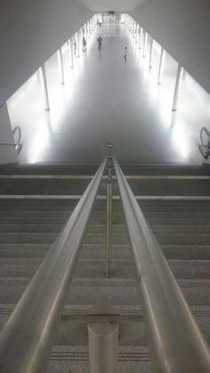 Metro São Bento, Porto. (Alvaro Siza Vieira)
