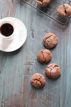 Espresso Snickerdoodles combine coffee and snickerdoodles into one glorious cookie recipe. Pin to your cookies or dessert board!