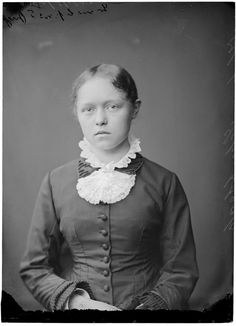 Helene Schjerfbeck Finnish Women, Helene Schjerfbeck, Finland, Vintage Photos, Beautiful People, Black And White, Female, Exhibitions, Photography