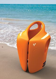 A life jacket with handles that allows for easy rescue. #lifejacket #safety #YankoDesign