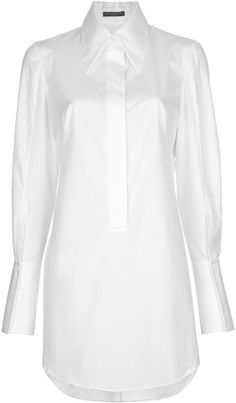 need to get a long white shirt Shirt Skirt, Business Dresses, Oversized Shirt, White Shirts, Trendy Tops, White Fashion, White Tops, Shirt Style, Alexander Mcqueen