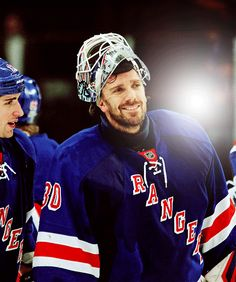 I dislike the Rangers very much but... cannot deny that Henrik is very handsome