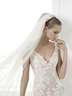 Charise Atelier Pronovias Wedding Bridal Gown Chicago Detail