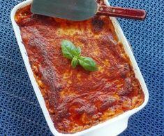 Min bedste opskrift på jordbærkage – BEDRE END BAGERENS!   amatoerkokken Danish Food, Lasagna, Slik, Food And Drink, Ethnic Recipes, Facebook, Lasagne