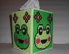 Frog, tissue box cover, plastic canvas