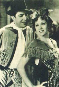 Carlos Gardel y Rosita Moreno. Gaucho, Hollywood Actor, Classic Hollywood, Divas, Dancing Baby, Tango Dance, Argentine Tango, Ballroom Dancing, Dance Photos