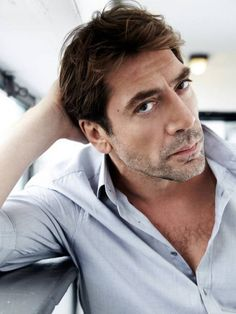 12 Hombres que con su apariencia fuera de lo común encantan Actors Male, Handsome Actors, Hot Actors, Actors & Actresses, Javier Bardem, Short Hair Man, Divas, Celebrity Haircuts, Charming Man
