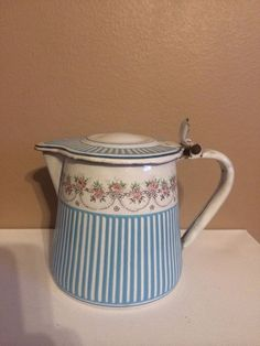 FRENCH ENAMELWARE BB ENAMEL MILK CREAMER SYRUP PITCHER ROSE GARLAND ANTIQUE