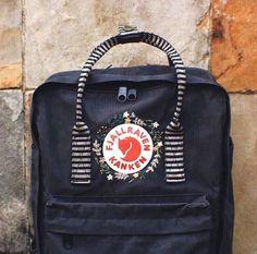 Our 25 best loved recipes of the seaason Große Liebe! Mochila Kanken, Kleidung Design, Diy Backpack, Diy Mode, City Bag, Diy Embroidery, Flower Fashion, Great Love, School Backpacks