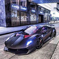 Twilight cruise with the Lamborghini Sesto Elemento