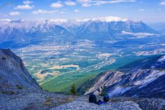 As I leaned over the edge and almost shit myselfI saw these two lovebirds  #halingpeak #canmore         #hiking #banff #mountain #hike #adventure #alberta #berta #travel #travelgram #nature #instagood #instalike #travelpics #fit #wonderful_places #canadian #wanderlust #view #sony #sonya6000 #gopro #rockies #hikingadventures #dailyphoto #mylife #bucketlist