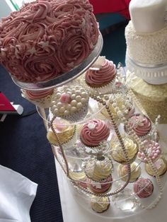Vintage pearl cupcake tower