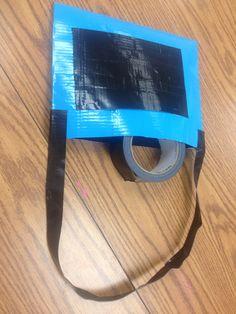 Duck tape purse w pocket ;)