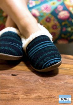 Pink Boucle Women's Slippers | Slippers, Boucle D'oreille and Pajamas
