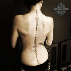Tattoo Dagmar - Roeselare, Brugge, West-Vlaanderen | Poetic | Ornamental | Dotwork | Pattern | Flower | Art-nouveau | Lace