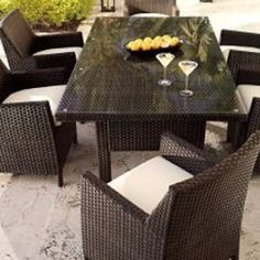 Great outdoor table and chairs