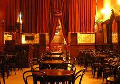 CAFE TORTONI.-