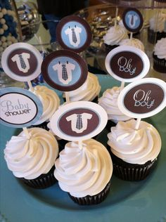 Cute for boy baby shower with bears on the cupcake decorations