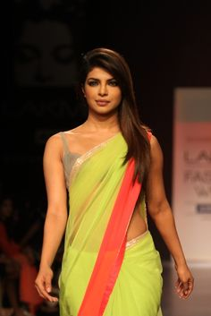 Priyanka Chopra Looks Gorgeous In Saree At The Lakme Fashion Week 2013 ★ Desipixer  ★