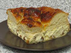 Pască din aluat de cozonac Romanian Food, Romanian Recipes, Easter Recipes, Quiche, Banana Bread, Sweets, Breakfast, Desserts, Dekoration