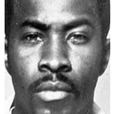 Kenneth McGriff was the leader of the Supreme Team gang, a main player in the Baisley Park crack-cocaine scene. In he was sentenced to life in prison. Real Gangster, Mafia Gangster, Gangsters, Harlem, Brooklyn, Life Of Crime, The Life, Real Life, Black History