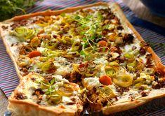 Pizza Recipes, Snack Recipes, Snacks, Quiches, Quorn, Savory Tart, Cookie Do, Sugar And Spice, Deli