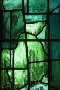18 Her Room Is Dark Green - aesthetic - slytherin - - Colorfull Wallpaper, Green Wallpaper, Dark Green Aesthetic, Aesthetic Colors, Sea Glass Art, Stained Glass Art, Fused Glass, Slytherin Aesthetic, Green Photo