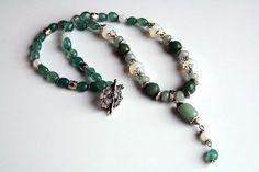 Handmade necklace from natural stones: moonstone, jade & bijou metal #handmade #bijou #bracelet #moonstone #jade