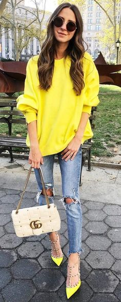 #winter #fashion //  Yellow Knit // Destroyed Skinny Jeans // Cream Leather Shoulder Bag // Yellow Studded Pumps
