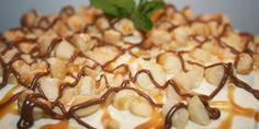 Himmelsk chokoladekage med hvid chokolade, vanilje og et tykt lag hvid creme af mascarpone og flormelis.