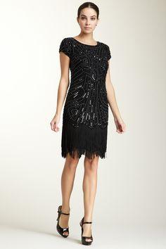 Glamorous black flapper dress - great for the bridesmaids or for the rehearsal dinner #wedding #dress #LBD #black #gatsby