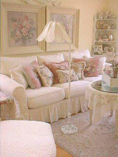 If I lived alone I would have white-covered  furniture and rose paintings .Love the lamp too!!! Cottage Shabby Chic, Cottage Style, Rose Cottage, Romantic Cottage, Romantic Shabby Chic, Shabby Chic Living Room Decor, Shabby Chic Bathrooms, Shabby Chic Vintage, Shabby Chic Interiors