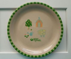 Green Sprouts Farm Scene Child's Plate -FIBER BASED PLATE #GreenSprouts